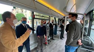 Autobusos de Lleida prova nous vehicles elèctrics