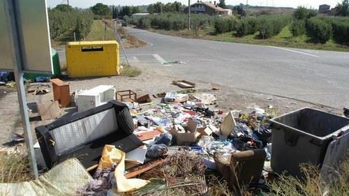 Imatge de la notícia La Paeria identifica 5 persones per abocaments il·legals a l'Horta