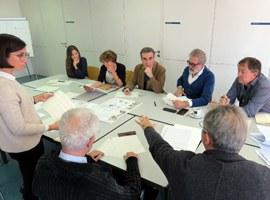 El jurat del concurs d'idees per a les places de l'Auditori i la Panera valora els projectes finalistes, després de les votacions de més de 200 ciutadans