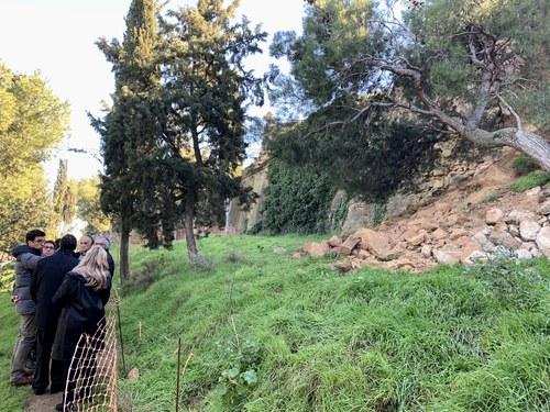Imatge de la notícia La Paeria demana col·laboració a la Generalitat per arranjar els trams malmesos de la muralla de la Seu Vella