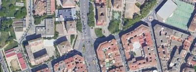 Ampliació de la vorera en un tram de l'avinguda Pius XII, aprofitant unes obres d'Endesa