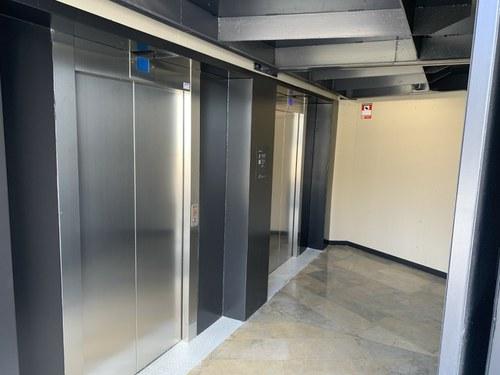 Imatge de la notícia En marxa els ascensors renovats entre el Canyeret i la Seu Vella