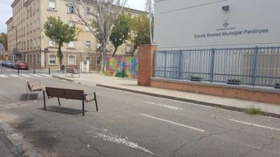L'ajuntament de Lleida vianalitza el carrer Enginyer Cellers amb pilones i nou mobiliari urbà