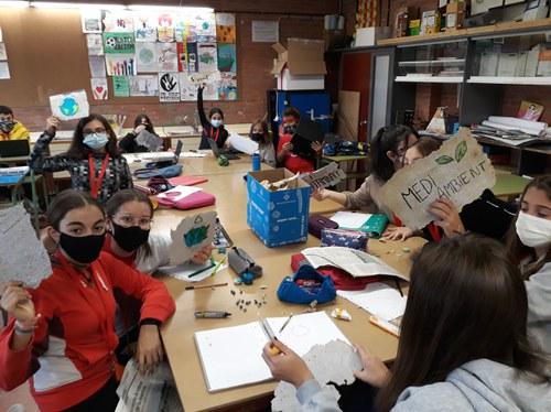 Imatge de la notícia Fem paper reciclat