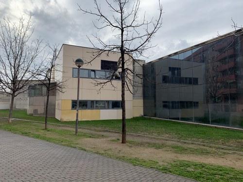 Imatge de la notícia Aprovat el projecte per produir 68MWh amb 108 panells solars d'energia fotovoltaica a la coberta del Centre Cívic de Balàfia