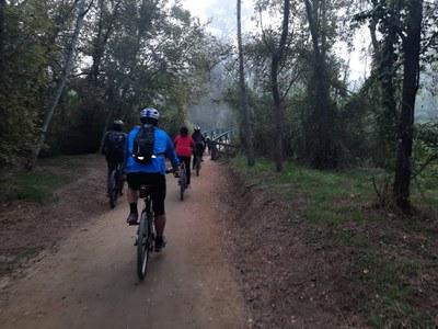 Ecodescoberta pel Camí del Riu amb bicicleta