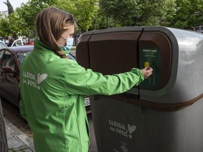 El reciclatge de residus arriba al 70% en el primer mes de funcionament del nou sistema porta a porta a Pardinyes i Balàfia