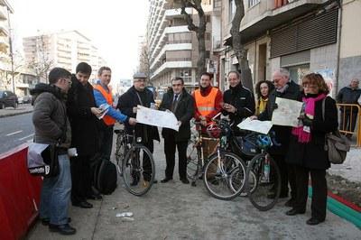 La Paeria edita una guia per promocionar l'ús de la bicicleta a la ciutat