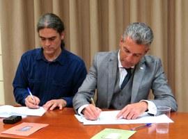 Imatge de la notícia La Paeria i els APIs de Lleida signen un acord de col·laboració per destinar habitatges a lloguer social