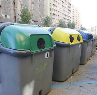 La Paeria sanciona dos cadenes de supermercats de la ciutat per mala gestió en la recollida selectiva