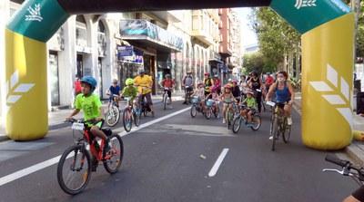 Lleida s'omple de bicicletes en la Pedalada popular i reivindicativa per aconseguir una transformació de la mobilitat