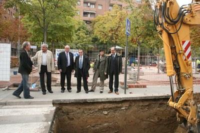 S'inicien les obres per instal·lar 36 illes de contenidors soterrats