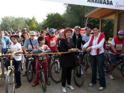 Uns 1.500 ciclistes estalvien unes 2.500 kilos de CO2