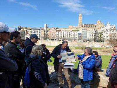 Visita guiada pel Segre per descobrir la influència del riu en la història de la ciutat