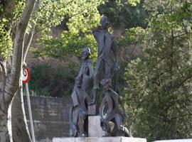 Imatge de la notícia L'Ajuntament de Lleida finalitzarà la restauració de l'escultura de Gaspar de Portolà les properes setmanes