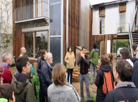 Imatge de la notícia Excel·lent resposta de públic a les visites guiades a la casa sostenible i al Museu del Clima
