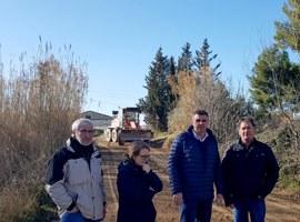 Treballs de manteniment del ferm a la partida de Les Canals